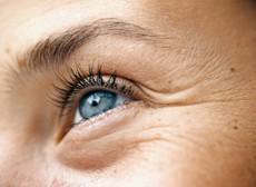 La cura di faccia sbuccia le maschere di decolorazione