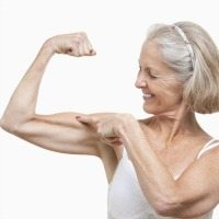 151103_senior_woman_muscle